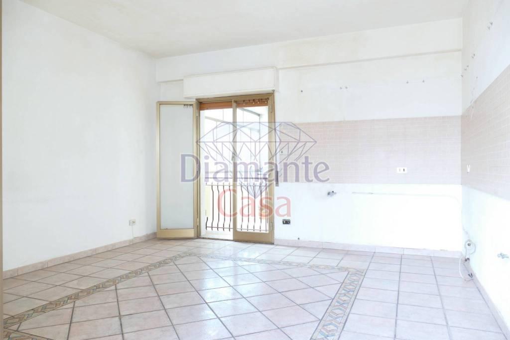 Appartamento in Vendita a Giarre Centro: 3 locali, 75 mq