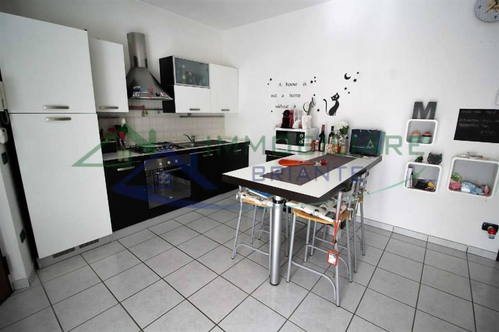 Appartamento in vendita a Somma Lombardo, 2 locali, prezzo € 109.000   CambioCasa.it
