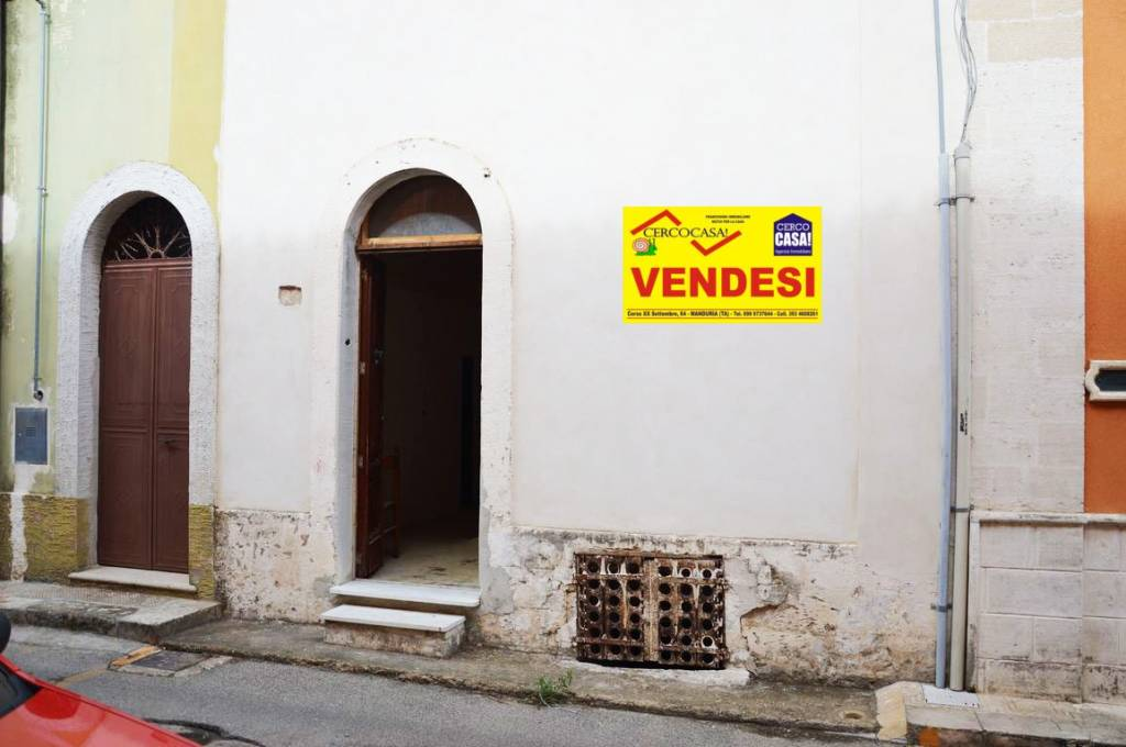 Appartamento da ristrutturare in vendita Rif. 8199357