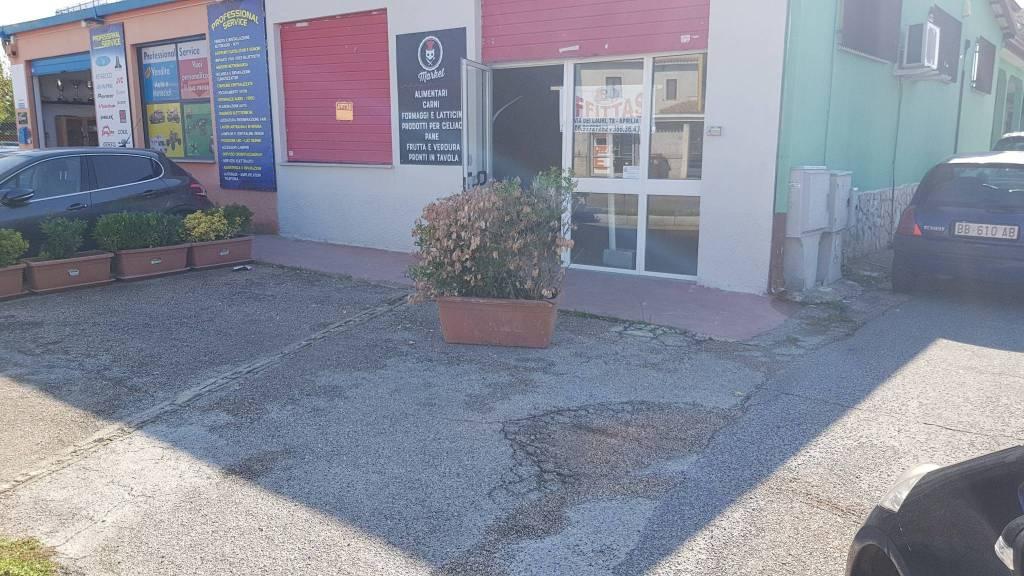 Locale commerciale fronte strada Rif. 8156847