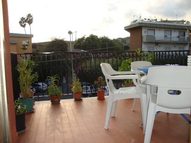 Appartamento in buone condizioni in affitto Rif. 8214035