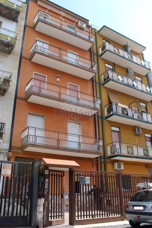Appartamento in Vendita a Catania Periferia: 3 locali, 100 mq