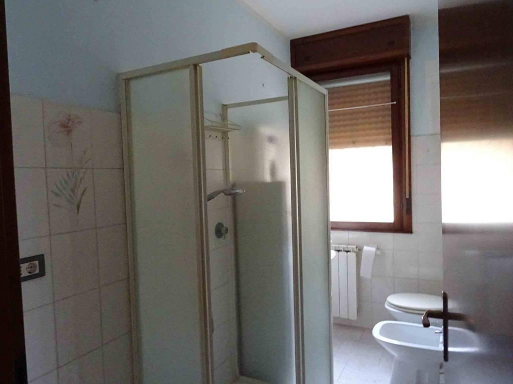Appartamento in ottime condizioni parzialmente arredato in vendita Rif. 8213712