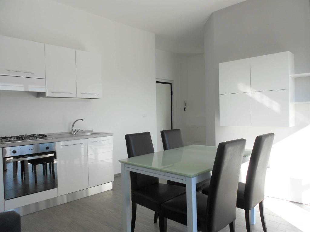 Appartamento in ottime condizioni parzialmente arredato in vendita Rif. 9225790