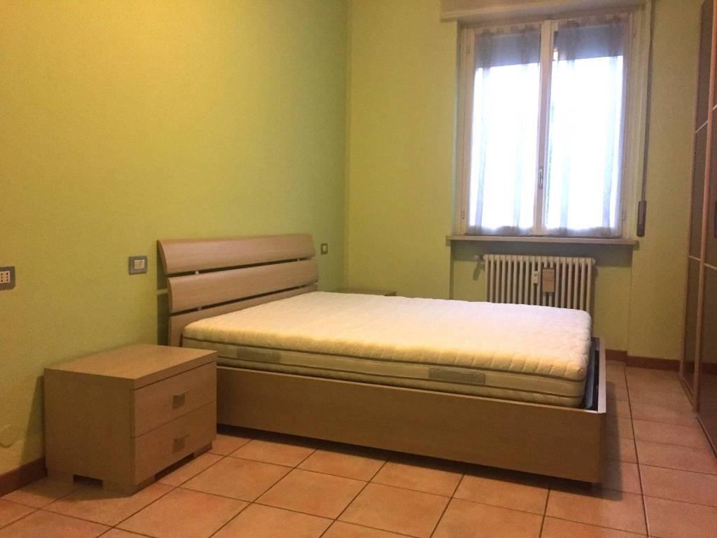 Appartamento in buone condizioni arredato in affitto Rif. 8191705