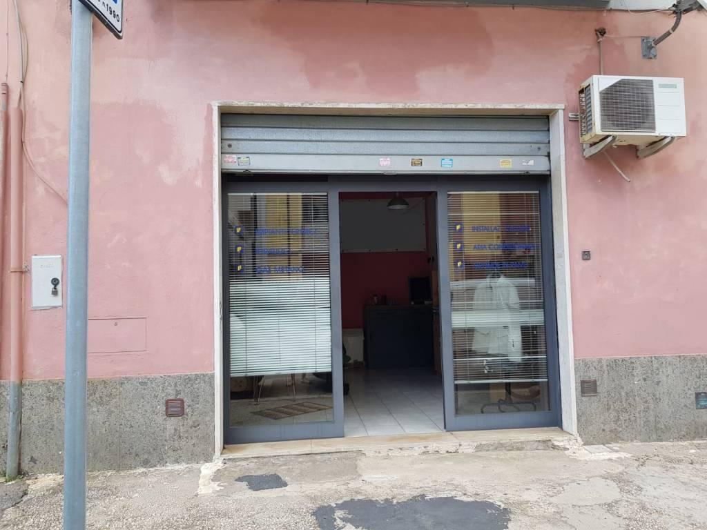 Locale Via Meucci Rif. 8229938