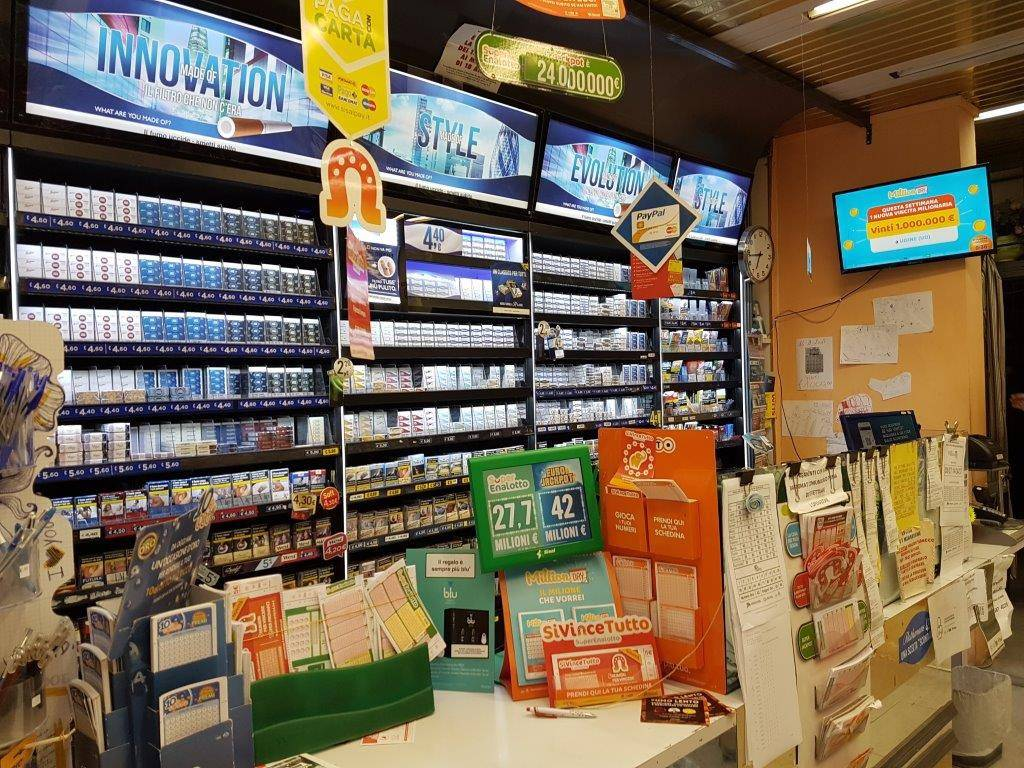 Tabaccheria in vendita a Fornacette Rif. 8227544