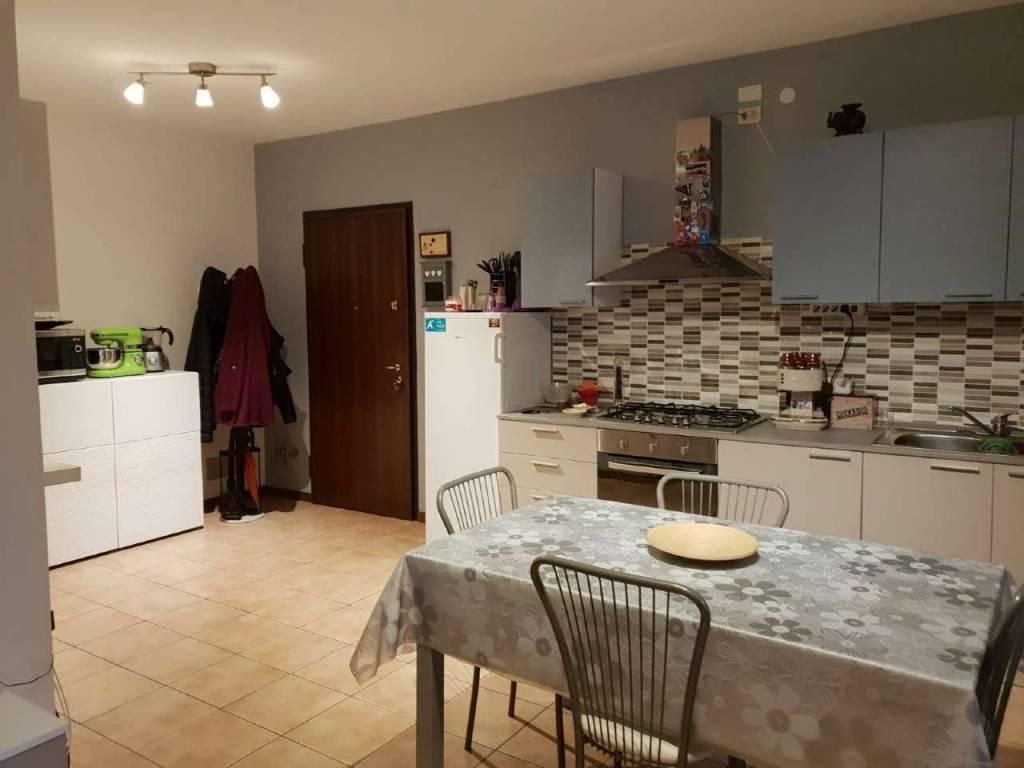 Appartamento in vendita a Viadana, 3 locali, prezzo € 99.000 | CambioCasa.it