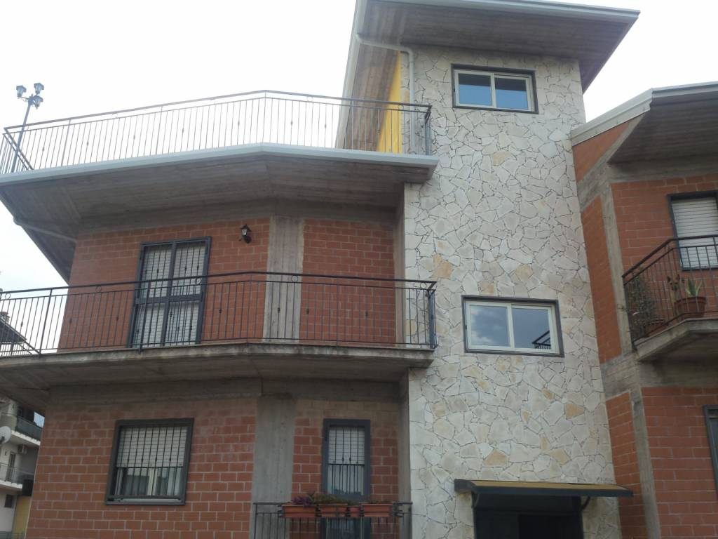 Appartamento in ottime condizioni in vendita Rif. 8232325