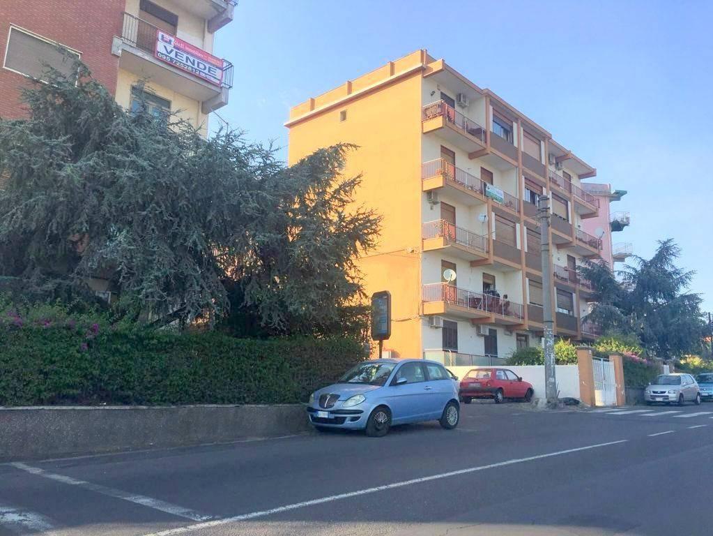 Ampio 4 vani Catania/Galermo-Circonvallazione