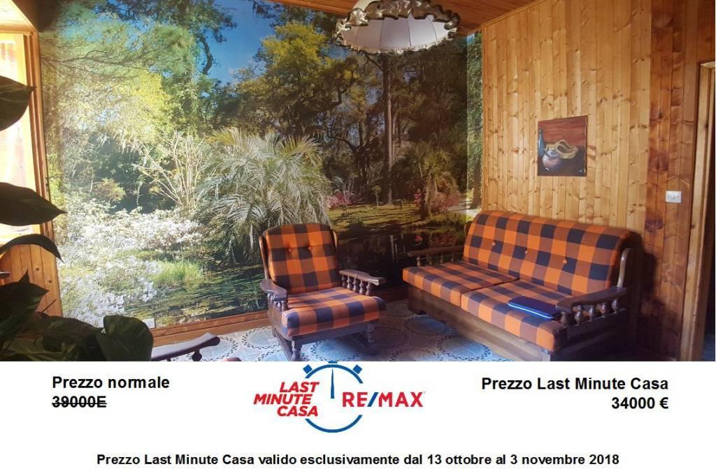 Appartamento in buone condizioni arredato in vendita Rif. 7935313