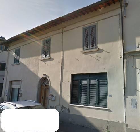 Appartamento in buone condizioni in vendita Rif. 8232088
