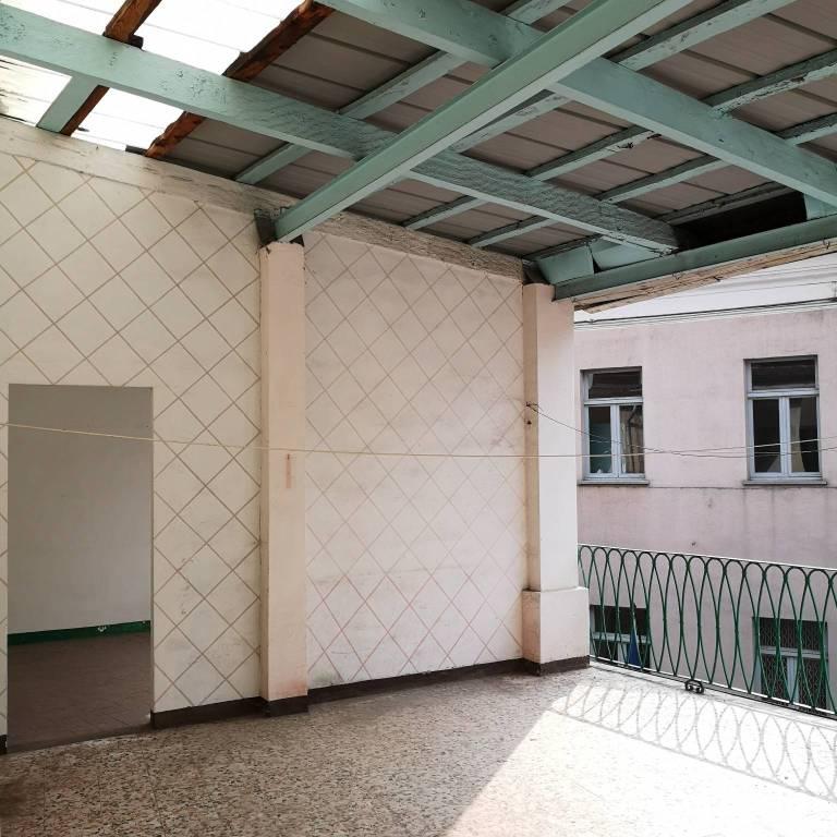 Appartamento da ristrutturare in vendita Rif. 8228111