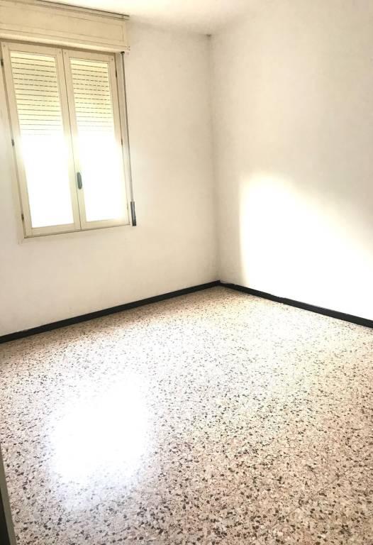 Appartamento in buone condizioni in vendita Rif. 8232336