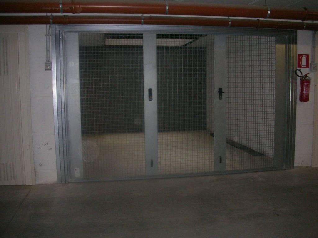 Rif. Box3 - Ampio box in centro a San Lazzaro Rif. 8885631