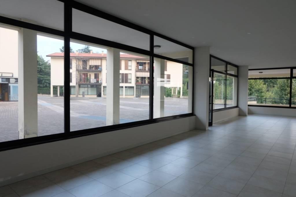 Ufficio / Studio in vendita a Almenno San Bartolomeo, 2 locali, prezzo € 149.000 | PortaleAgenzieImmobiliari.it