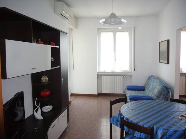 Appartamento in buone condizioni arredato in affitto Rif. 8227089