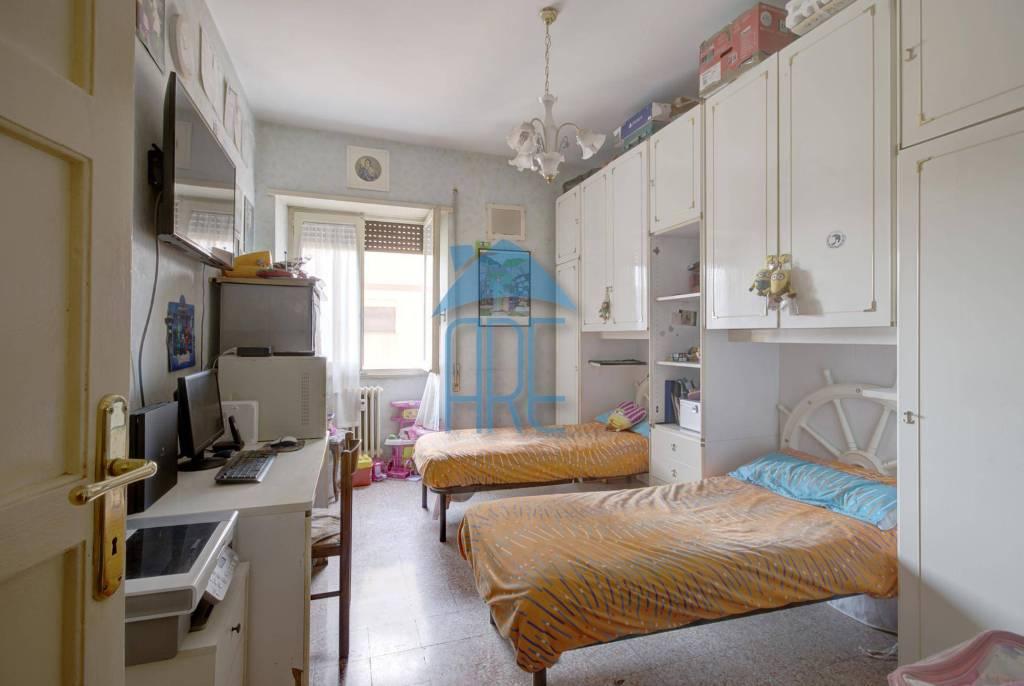 Vendesi Appartamento a Roma