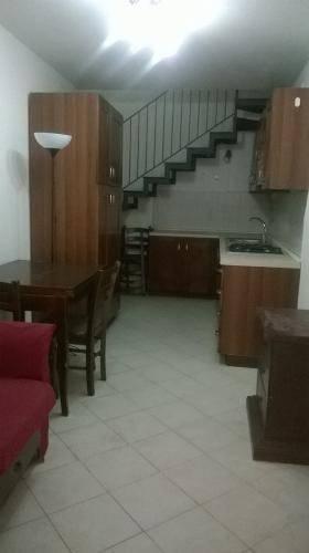 Appartamento in buone condizioni arredato in affitto Rif. 8227127