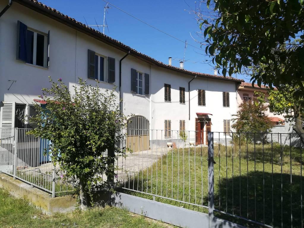 Foto 1 di Rustico / Casale Frazione Accorneri Collina 32, frazione Accorneri, Viarigi