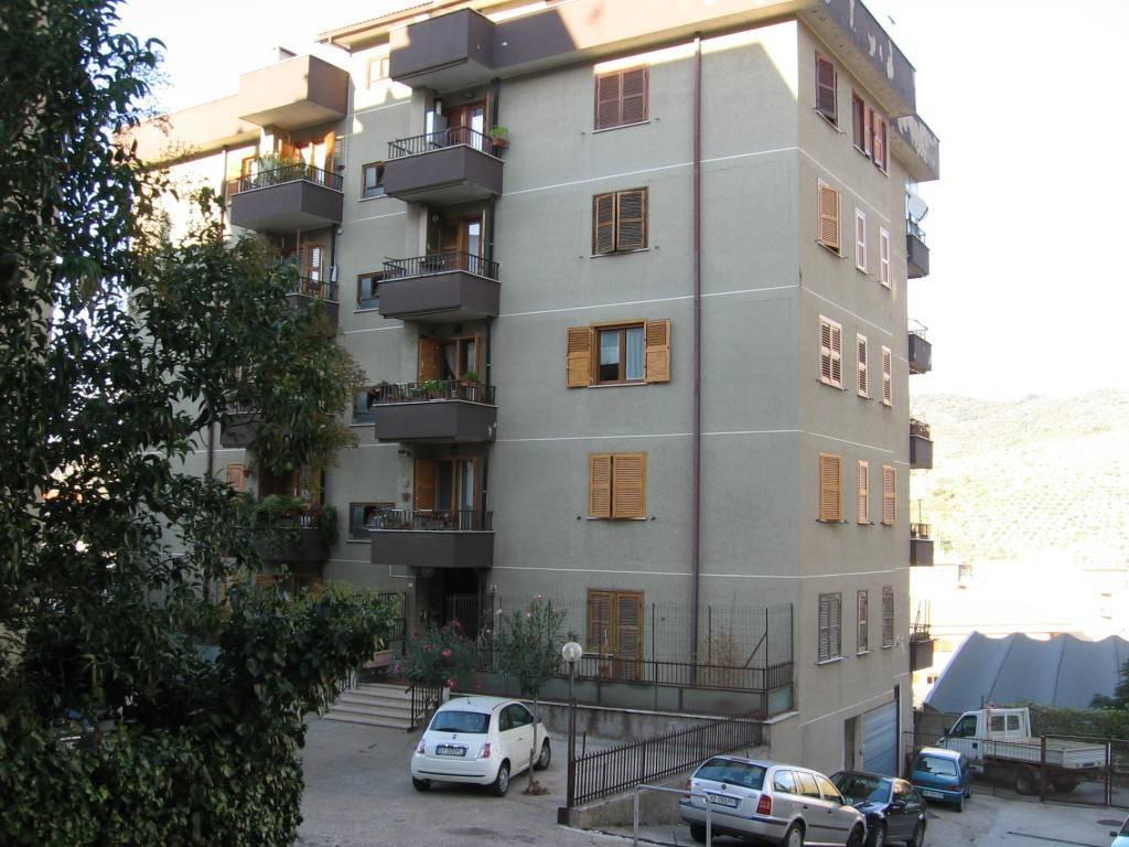 Appartamento zona centrale di ampia metratura