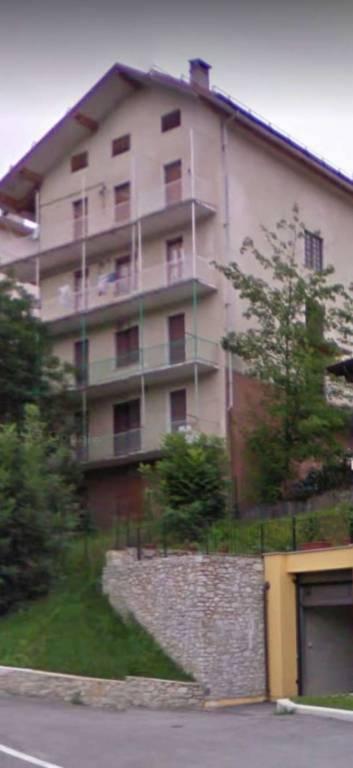 Appartamento in buone condizioni in vendita Rif. 8926785
