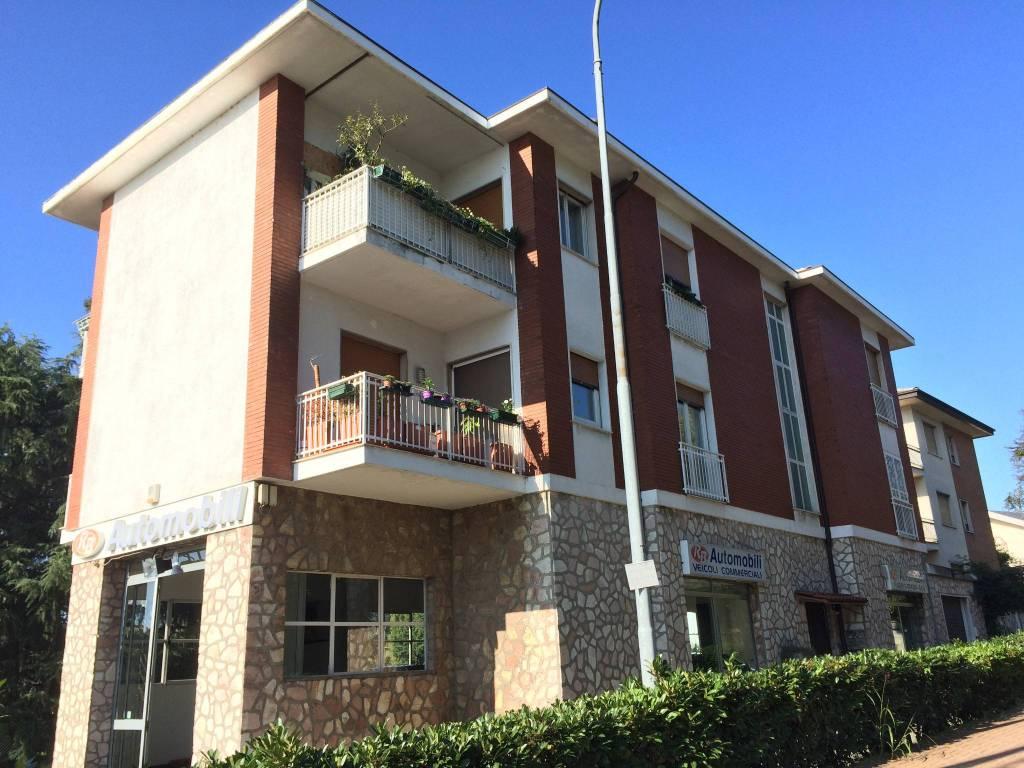 Appartamento in affitto Rif. 8241073