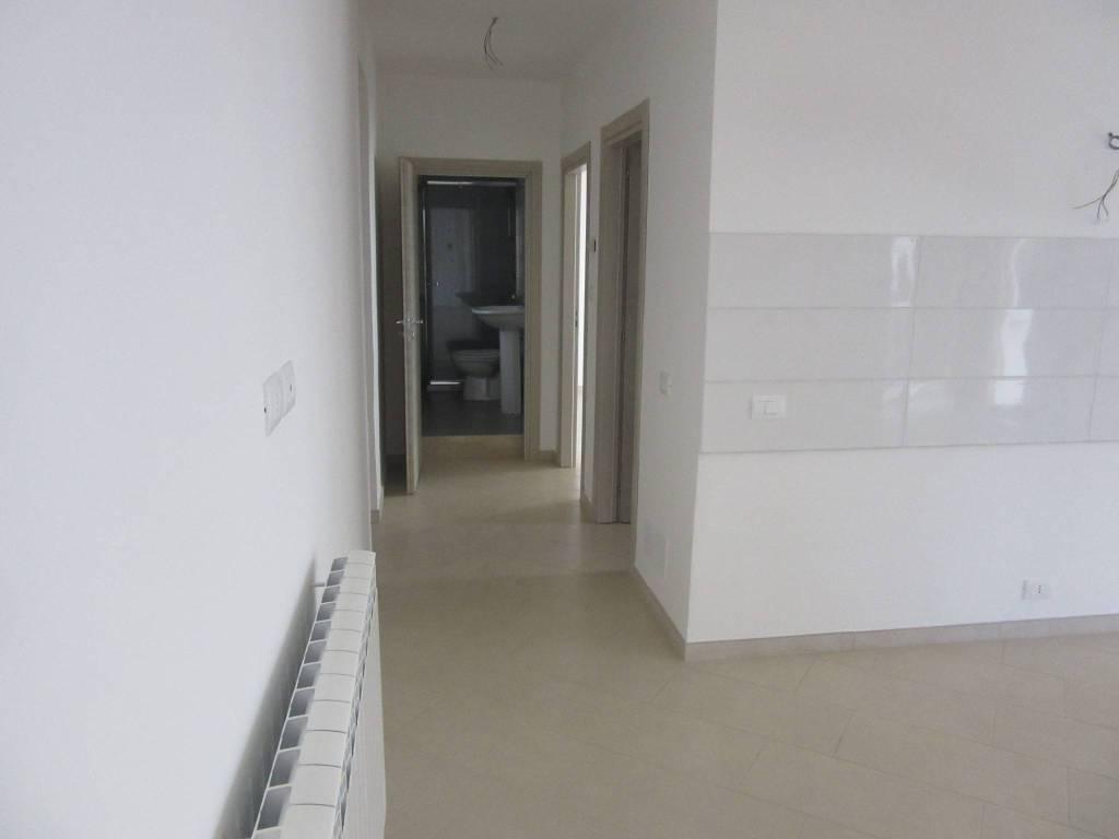 Appartamento in ottime condizioni in vendita Rif. 8245361