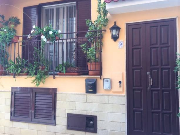 Casa Indipendente in ottime condizioni in vendita Rif. 8244413