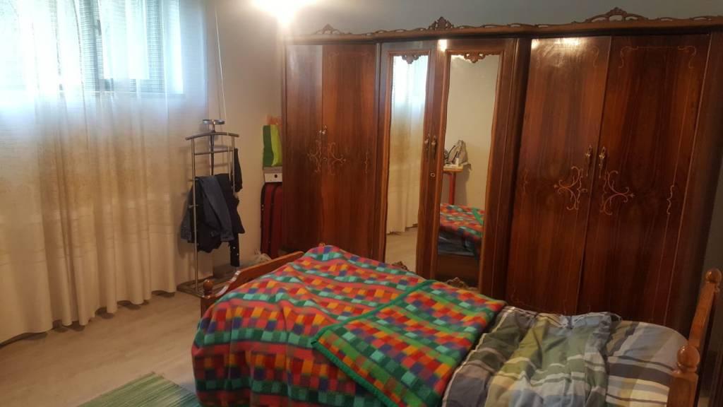 POVO - stanza singola in appartamento in villa