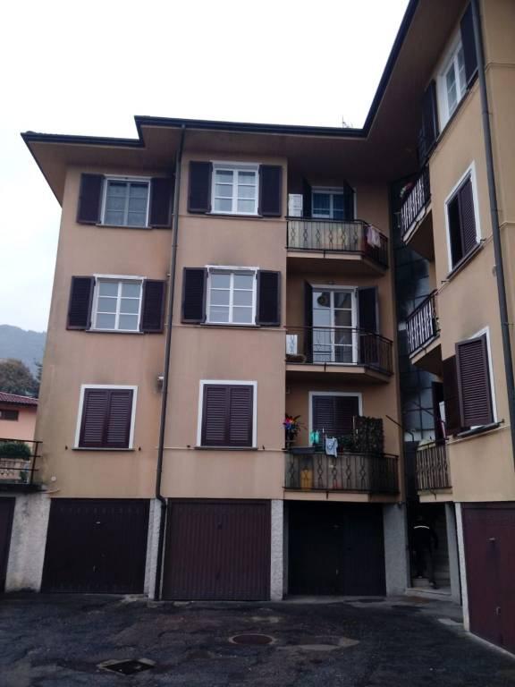 Appartamento in vendita a Marchirolo, 3 locali, prezzo € 130.000 | CambioCasa.it