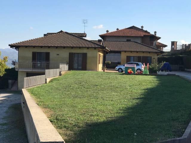 Foto 1 di Villa Castagnito