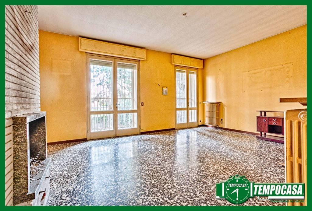 Villa da ristrutturare in vendita Rif. 8914667