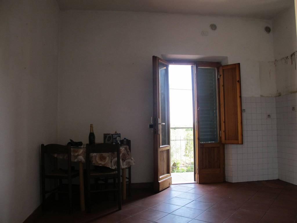Appartamento in Affitto a Quarrata Periferia: 2 locali, 80 mq