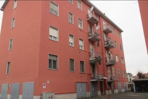 Appartamento in buone condizioni in vendita Rif. 8247027