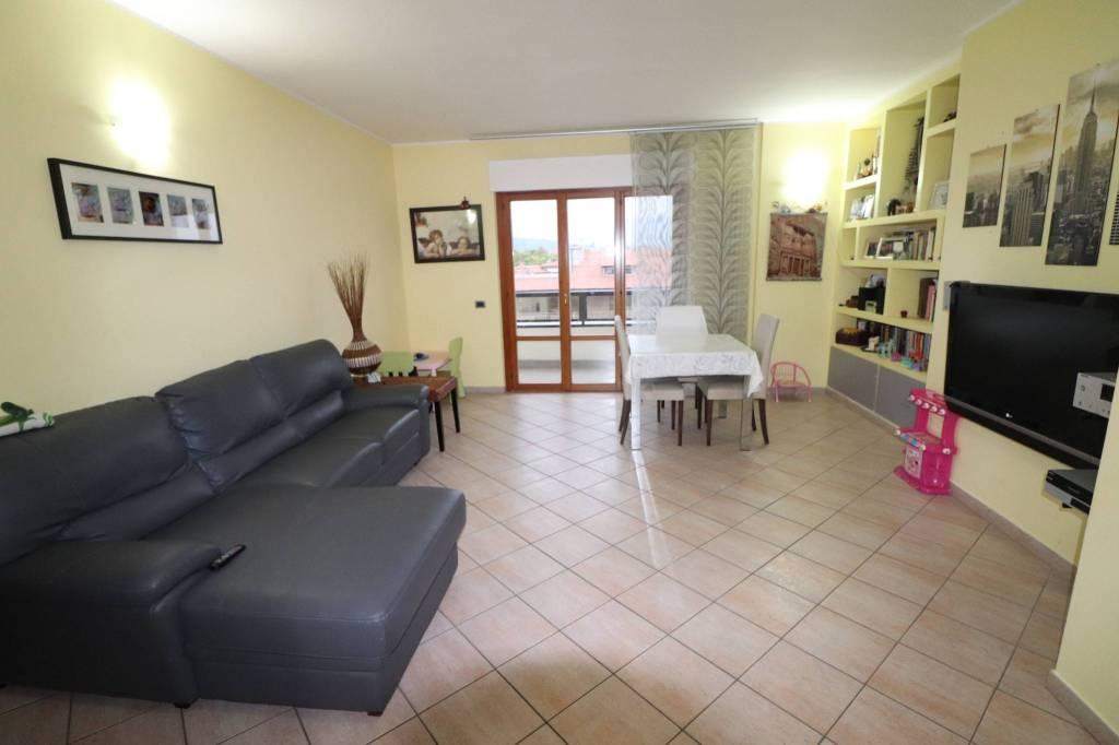 Attico 5 locali in vendita a Sant'Egidio alla Vibrata (TE)