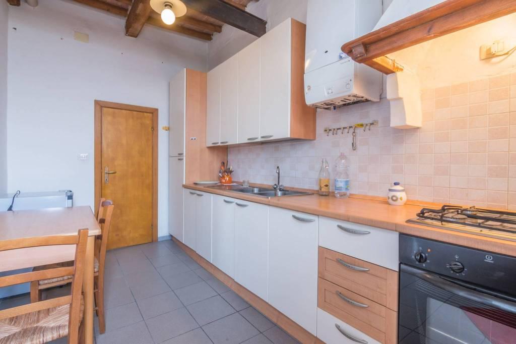 Appartamento in buone condizioni arredato in affitto Rif. 8245085