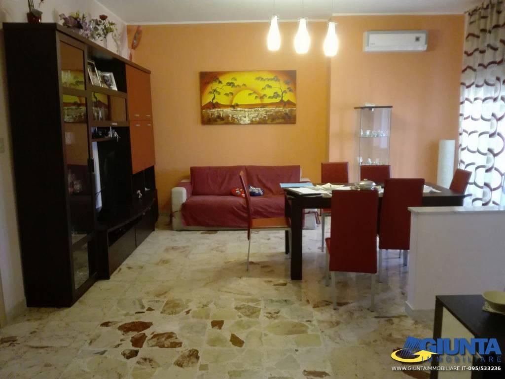 Appartamento in ottime condizioni in vendita Rif. 8774867