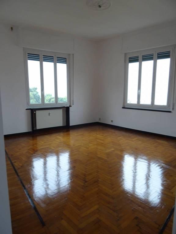 Attico / Mansarda in ottime condizioni in affitto Rif. 8323640