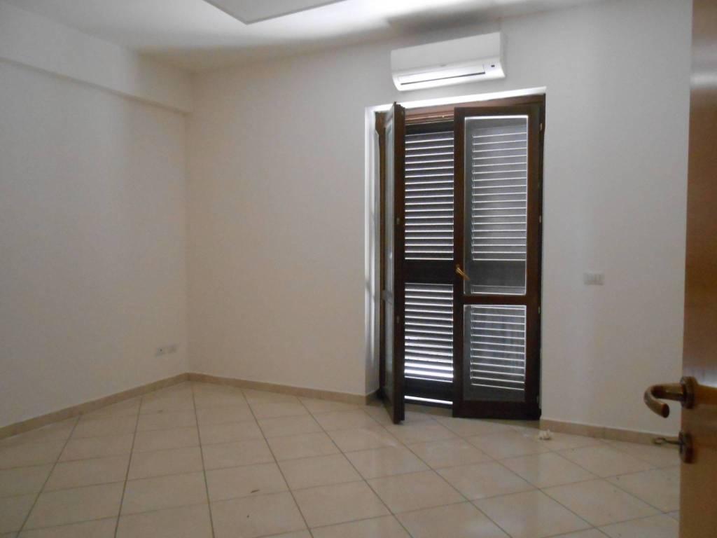 Ufficio quadrilocale in affitto a Montefusco (AV)