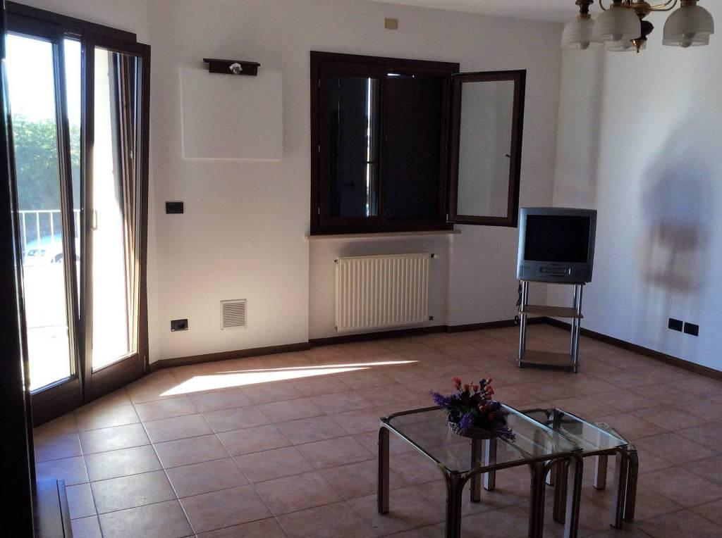 Appartamento in affitto a Cividale del Friuli, 2 locali, prezzo € 450   CambioCasa.it