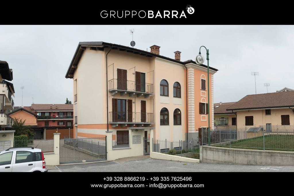 Appartamento in ottime condizioni parzialmente arredato in vendita Rif. 8247142
