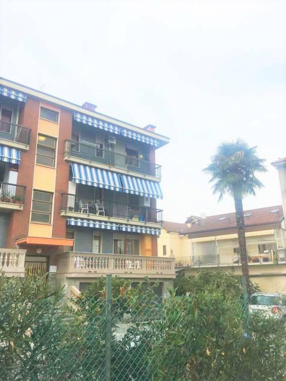 Appartamento in buone condizioni in vendita Rif. 8239886