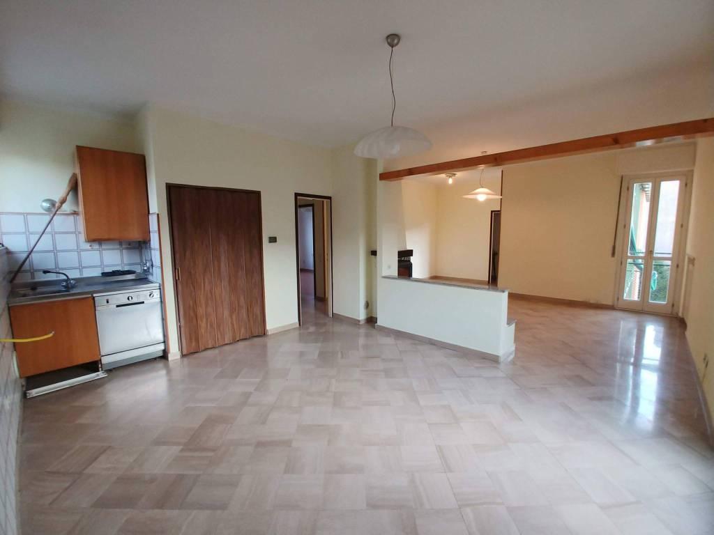 Appartamento in vendita Rif. 8240810