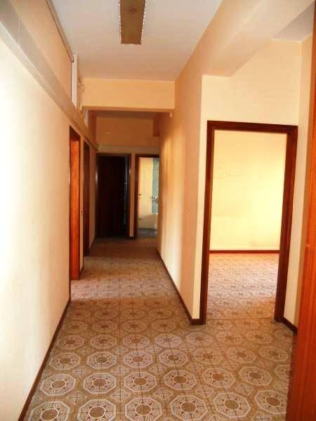 Appartamento in vendita a Quarrata, 5 locali, prezzo € 175.000 | CambioCasa.it