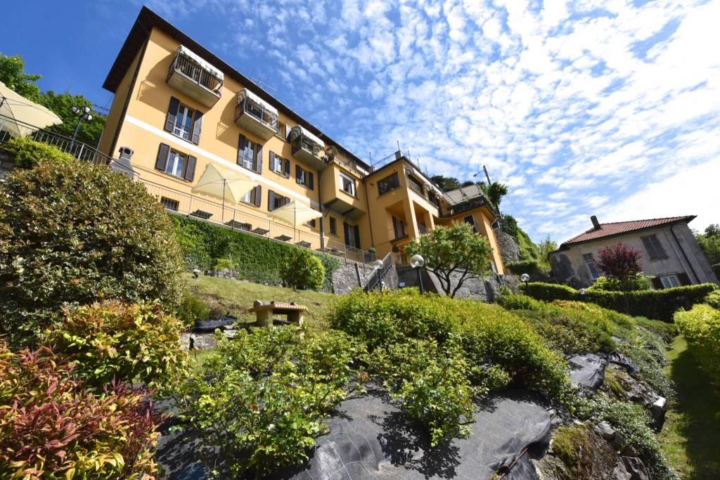 Appartamento in ottime condizioni parzialmente arredato in vendita Rif. 8241017