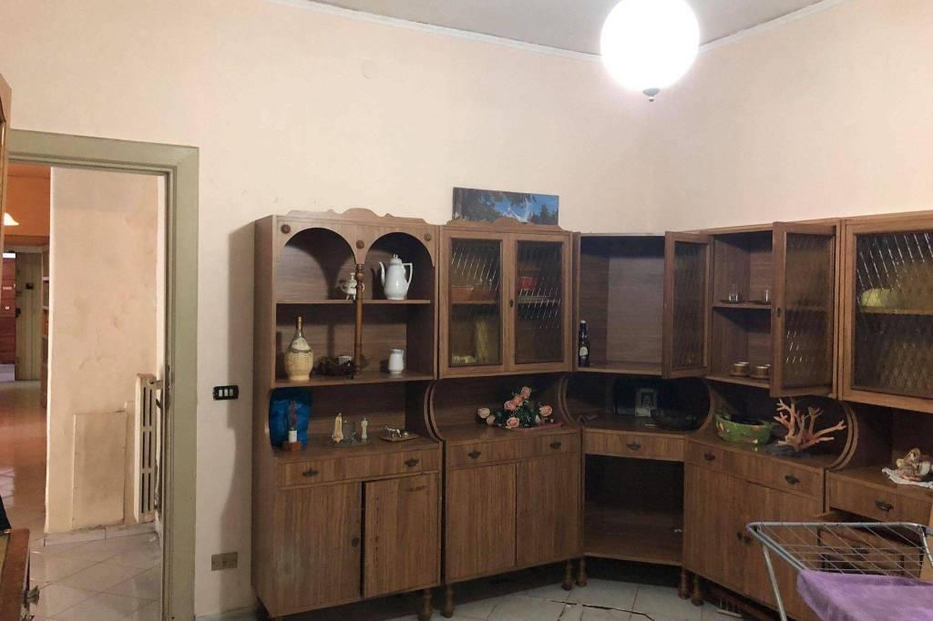Appartamento 5 locali in vendita a Avella (AV)