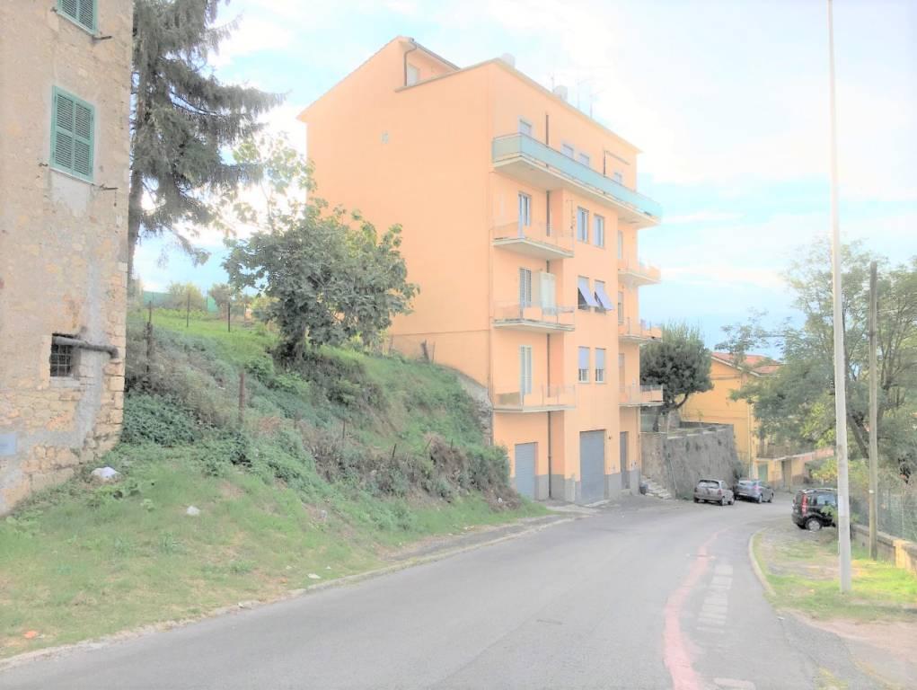 Appartamento in vendita Rif. 8243038