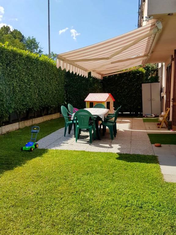 Appartamento in ottime condizioni in vendita Rif. 8243275