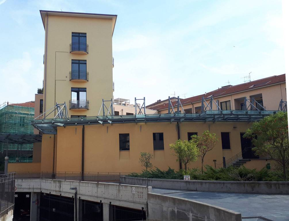 Attico / Mansarda in vendita a Imperia, 4 locali, prezzo € 250.000 | PortaleAgenzieImmobiliari.it